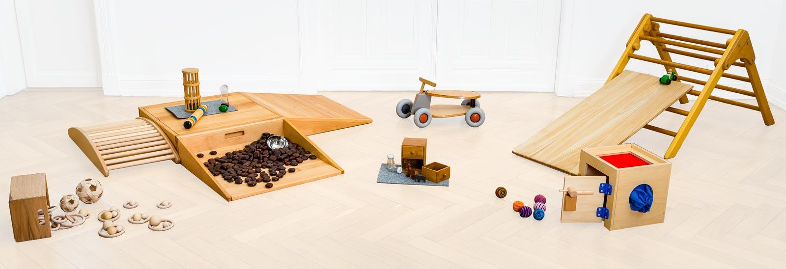 Spielmaterialien Spiel-Zeug-Raum